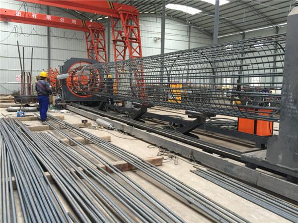 Fabricat a Xina Ús senzill Durable i resistent Màquina de soldadura de gàbia d'acer inoxidable de garantia de qualitat i fabricació de gàbies de reforç